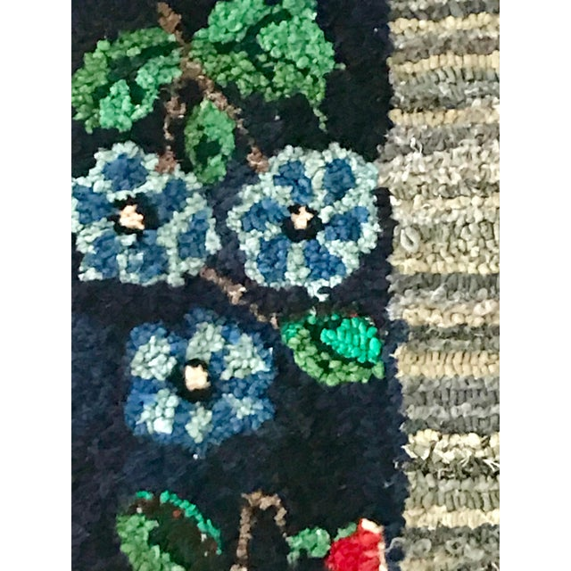 1900s Early 20th Century Antique Hooked Rug - 4′3″ × 1′10″ For Sale - Image 5 of 8