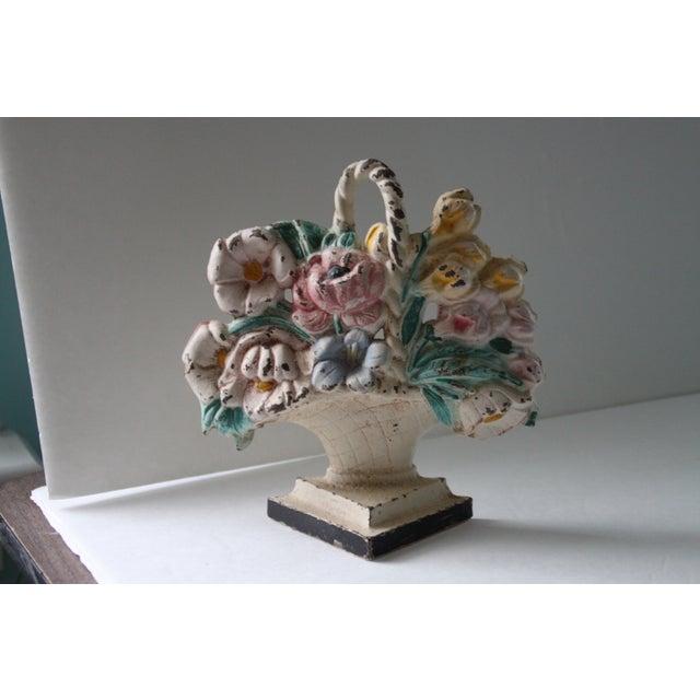 Antique Cast Iron Floral Doorstop - Image 2 of 6