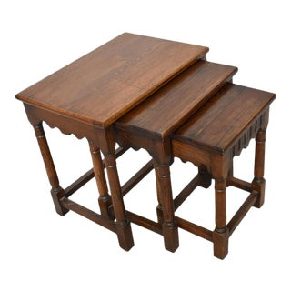 English Set of Nesting Tables - Set of 3 For Sale