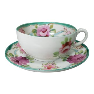 Late 18th Century Chinese Famille Rose Porcelain Floral Pattern Tea Cup and Saucer For Sale