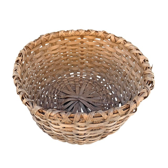 Massive 19th Century Oak Splint Wool Basket For Sale In Chicago - Image 6 of 13