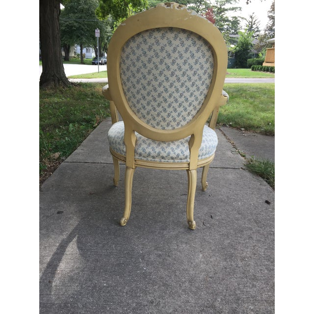 Cottage 1940s Vintage Upholstered Armchair For Sale - Image 3 of 9