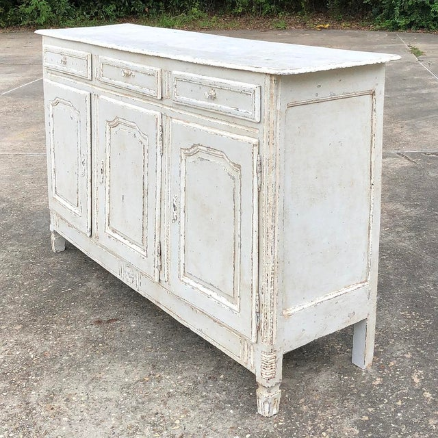 Country 18th Century Country French Louis XVI Painted Buffet For Sale - Image 3 of 13