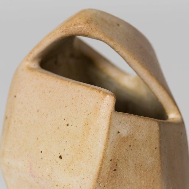 Corte Ceramic Vase by Gabriela Valenzuela-Hirsch For Sale - Image 5 of 10