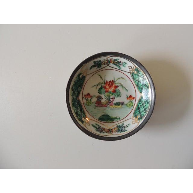 "Vintage Imari Japanese Green and Orange Decorative Plate Encased in pewter. Size:5.75""D x 1.5""H"
