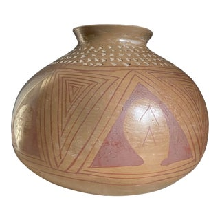 1930s Large Mata Ortiz Pottery Jar With Etched Rim For Sale