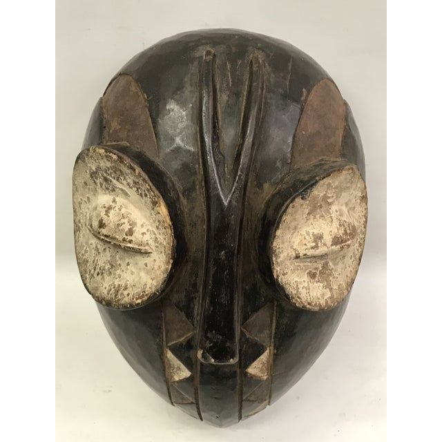 An African Bembe mask from Congo. A little wear and tear due to aged. Excellent condition.