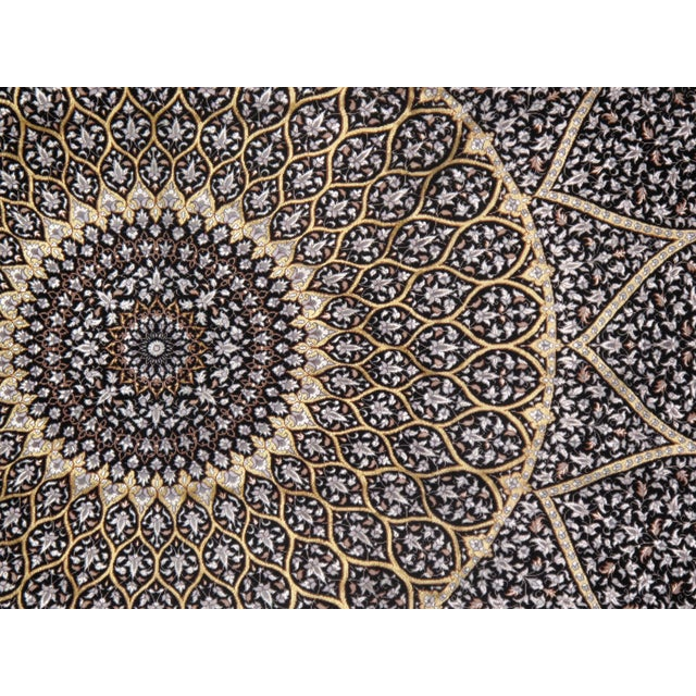 Pasargad Persian Isfahan Korker Wool & Silk Highlighted Rug - 4′10″ × 7′6″ For Sale - Image 4 of 5