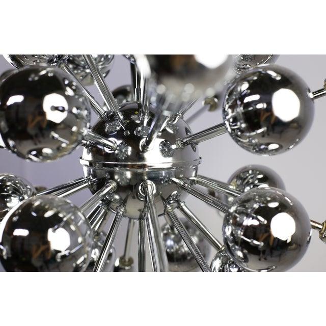 Mid-Century Lightolier 20 Light Sputnik Chandelier For Sale - Image 7 of 9