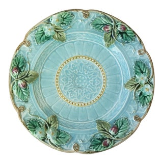 1880s Majolica Strawberries Plate Signed Sarreguemines For Sale