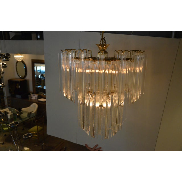 Mid Century Modern Lucite and Brass Waterfall Chandelier - Image 6 of 7
