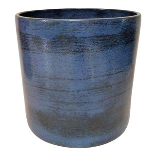 Gainey Ceramics Mid Century Modern Blue Planter For Sale