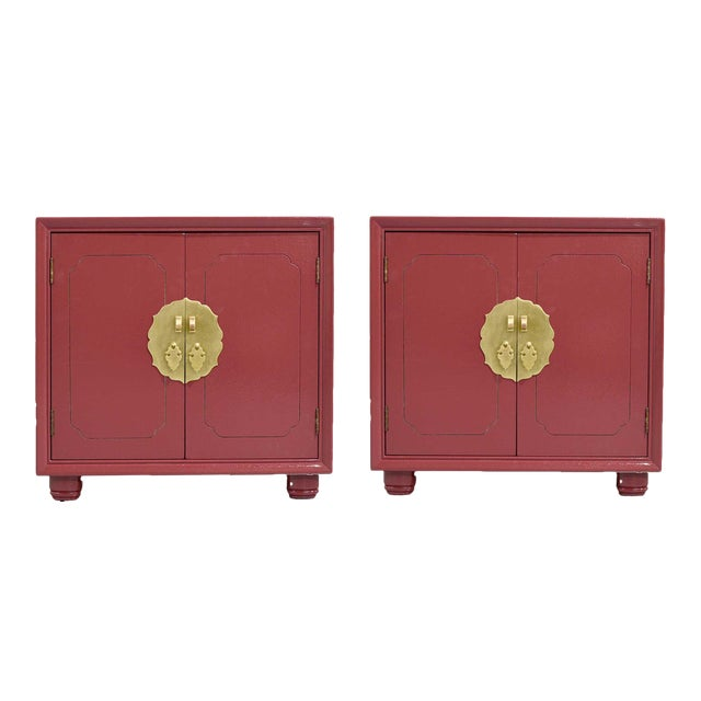 1970s Chinoiserie Nightstands With Brass Hardware in Mauve by Henredon - Freshly Painted For Sale