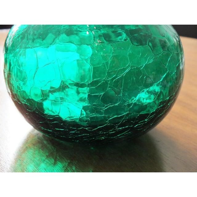 Blenko Vintage Blenko Emerald Green Crackle Glass Bottle For Sale - Image 4 of 7
