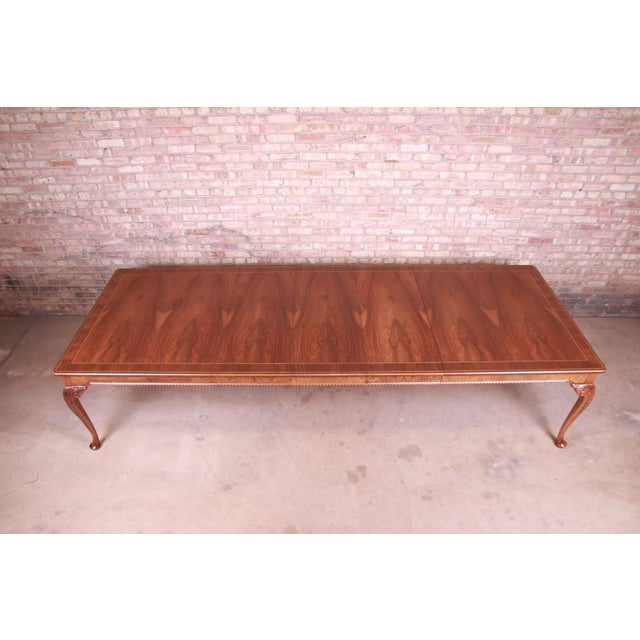 Late 20th Century Baker Furniture Stately Homes Queen Anne Inlaid Walnut Extension Dining Table, Newly Refinished For Sale - Image 5 of 13