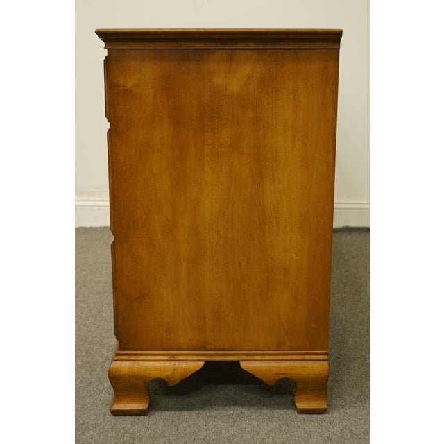 "Statton Trutype Americana Solid Maple Colonial Style 56"" Double Dresser For Sale - Image 9 of 13"