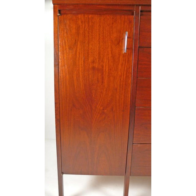Mahogany Paul McCobb Delineator Series Bachelor's Chest For Sale - Image 7 of 10
