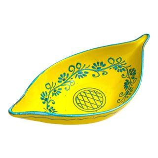 Vintage Mid Century Italian Art Pottery Hand Painted Oval Teardrop Majolica Ceramic Serving Bowl For Sale