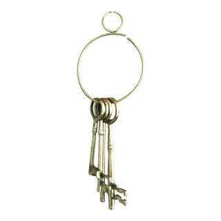 Vintage Brass Skeleton Keys on Ring - Set of 4 For Sale