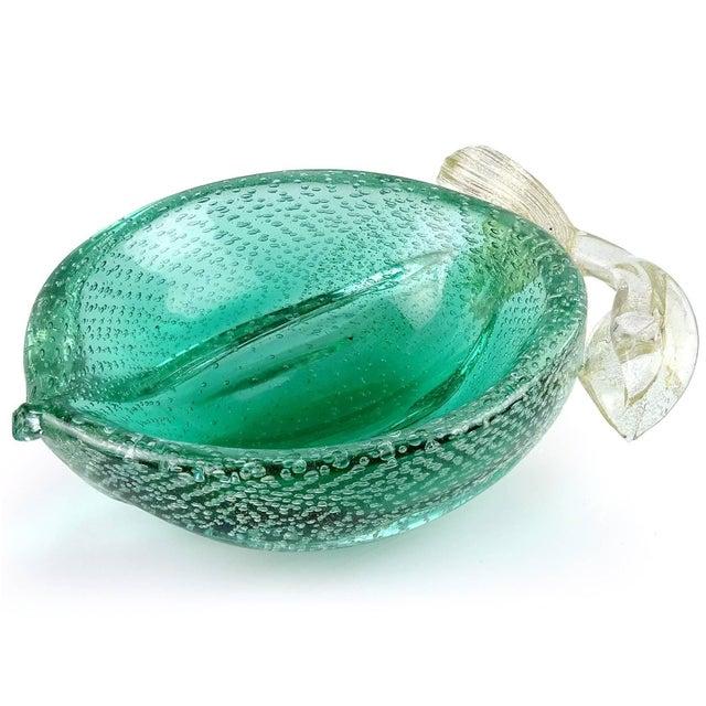 Art Deco Murano Vintage Green Gold Flecks Bullicante Italian Art Glass Lemon Lime Fruit Bowl For Sale - Image 3 of 7