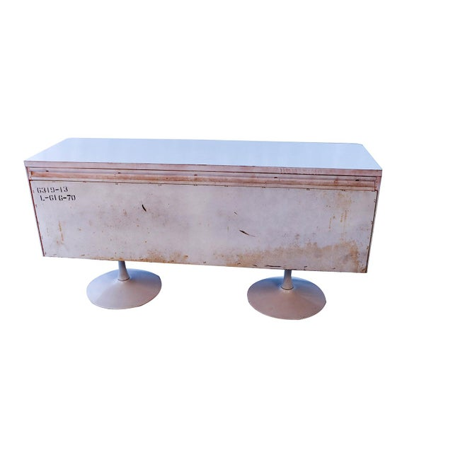 Raymond Loewy Style Chapter One Broyhill Premier Credenza Dresser Cabinet For Sale - Image 10 of 11