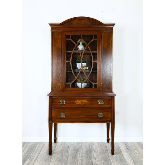 Traditional 1950s Vintage Federal Style Cabinet For Sale - Image 3 of 12
