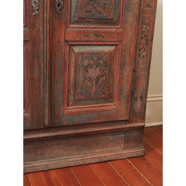 A PAINTED EUROPEAN ARMOIRE For Sale - Image 9 of 11