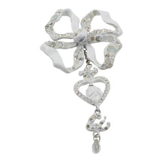 Christian Lacroix Paris White Enamel Bow Pin Brooch For Sale