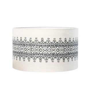 Isfahan Charcoal and Gray Stripe Peter Dunham Linen Drum Lampshade For Sale