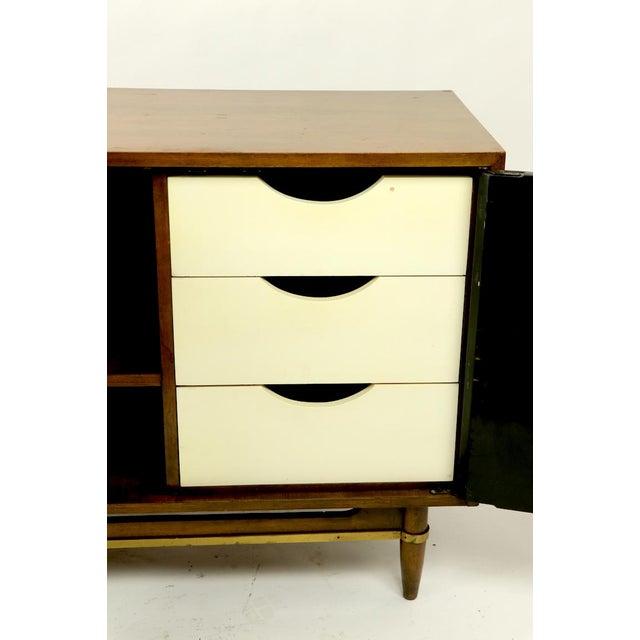 Merton L. Gershun Vintage Merton Gershun for American of Martinsville Diana Dresser For Sale - Image 4 of 12