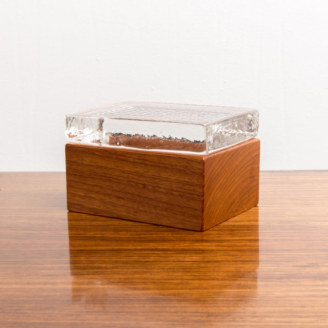 Brown 1950s Vintage Glass & Wood Box For Sale - Image 8 of 8