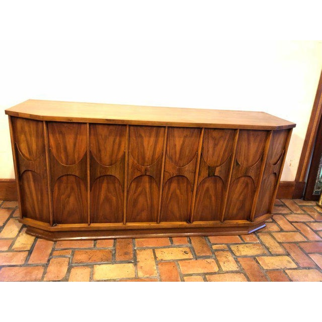 Mid-Century Modern Brutalist Credenza Kent Coffey Style For Sale - Image 4 of 13