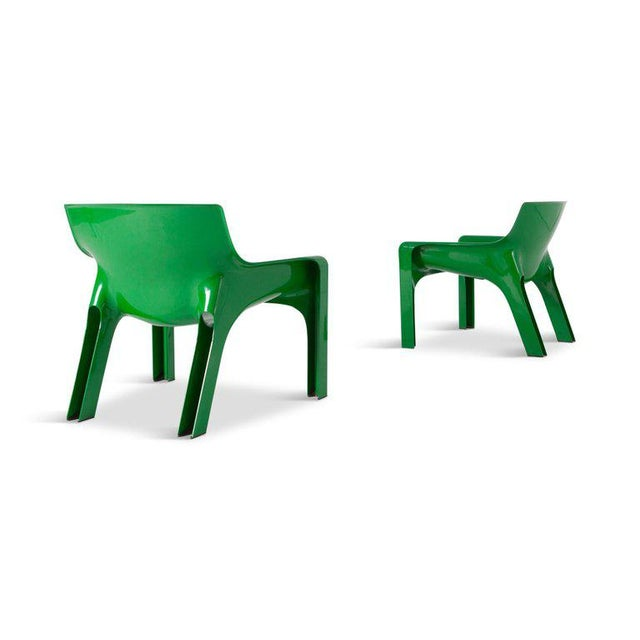 Vicario molded fiberglass lounge chairs by Vico Magistrati, produced by Artemide Milano, Italy, 1970s? These nice bright...