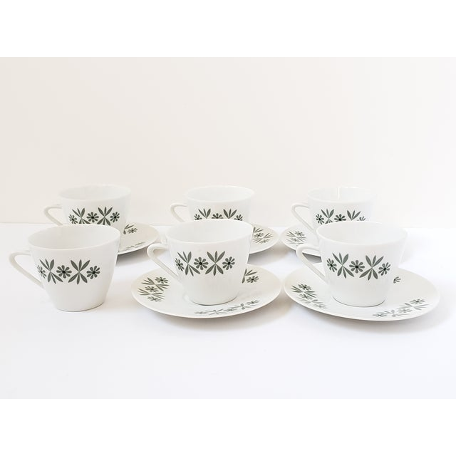 Mid Century Modern Seltmann Weiden Monica Bavarian Porcelain Dinnerware For Sale In New York - Image 6 of 13