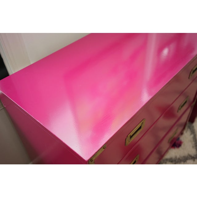 Campaign Lacquered Fuschia Bachelors Chests - a Pair For Sale In Raleigh - Image 6 of 13