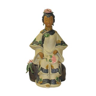 Chinese Oriental Ceramic Ancient Style Dressing Lady Figure