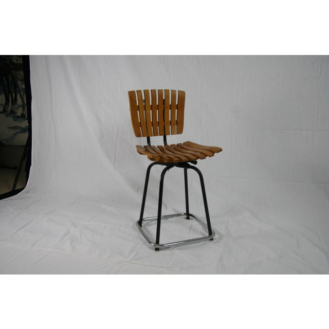 Mid-Century Modern Vintage Mid Century Arthur Umanoff Style Slatted Swivel Chair For Sale - Image 3 of 7
