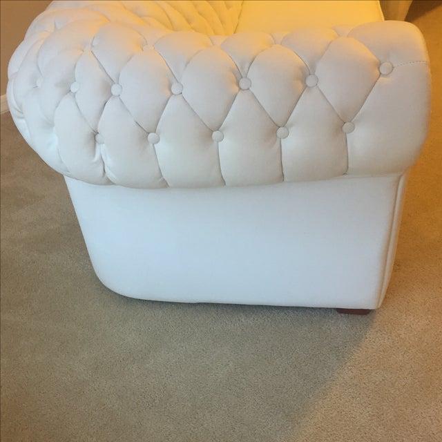 White Leather Tufted Back Sofa - Image 8 of 10