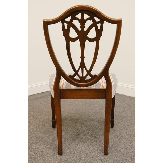 1940s Vintage Duncan Phyfe Shield Back Dining / Side Chair For Sale - Image 4 of 6