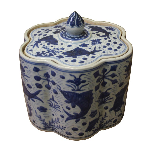 Asian Chinese Blue White Flower Shape Porcelain Fishes Flowers Accent Jar For Sale - Image 3 of 7