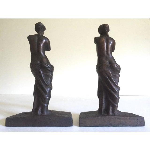 """Vintage 1920's Rare """" Venus De Milo """" Cast Iron Bronze Neoclassical Bookend Statues - a Pair For Sale - Image 12 of 13"""