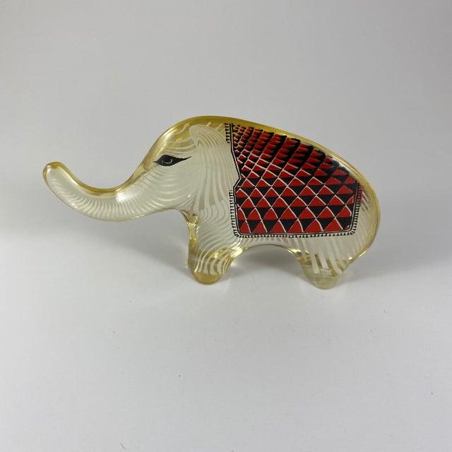 1970s 1970s Abraham Palatnik Lucite Elephant Figurine For Sale - Image 5 of 5