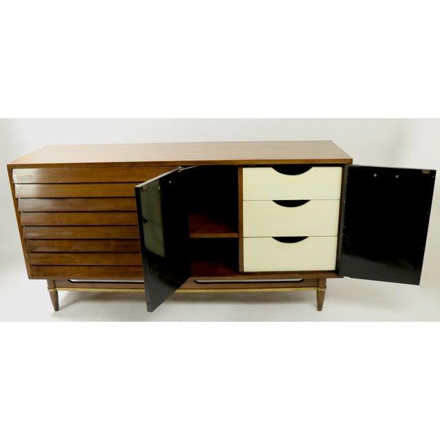 Mid-Century Modern Vintage Merton Gershun for American of Martinsville Diana Dresser For Sale - Image 3 of 12