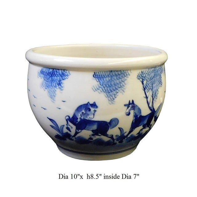 Chinese Blue & White Porcelain Brush Holder For Sale In San Francisco - Image 6 of 6