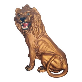 1960s Vintage Hollywood Regency Italian Hand Painted Bronze Toned Plaster Lion Statue For Sale