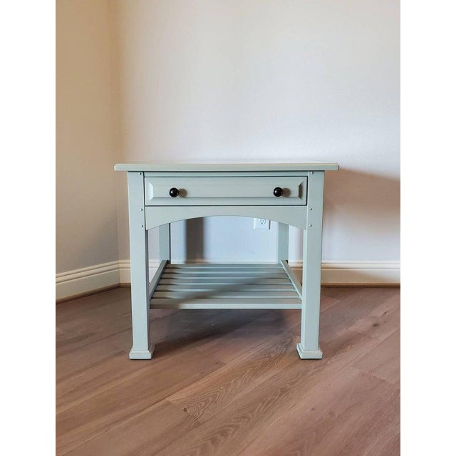 A classic and refined side table by high quality furniture maker Drexel Heritage. Fine craftsmanship and attention to...