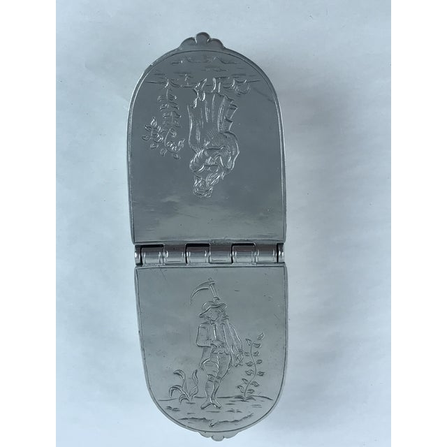 Hand Chased Pewter Snuff Lidded Box For Sale - Image 10 of 10
