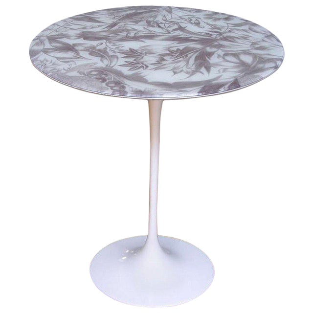 1960 Italian White Round Tulip Table With Laminated Gray Hand Painted Fabric Top For Sale