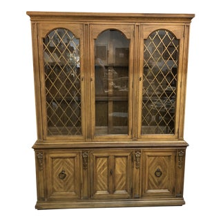 20th Century Traditional China Cabinet With Partial Break Front For Sale