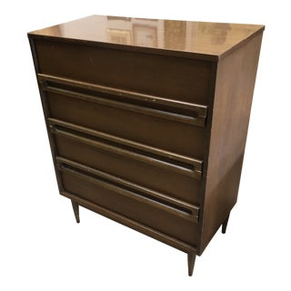 1960s Scandinavian Modern Bassett 6-Drawer Dresser Highboy For Sale